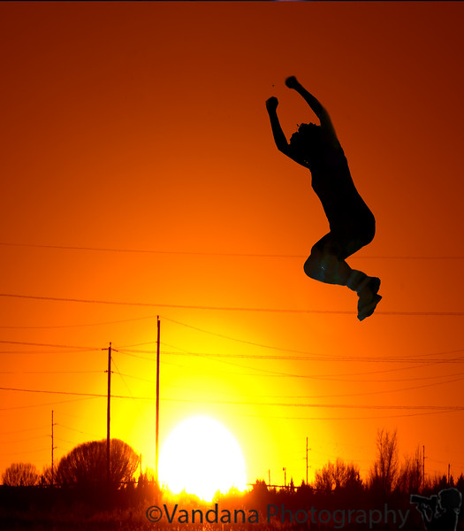 "Feb 24, 2008 - Jumping for joy !  ""<a href=""http://dgrin.com/showthread.php?t=85631"">Last  Photographer Standing""</a>"