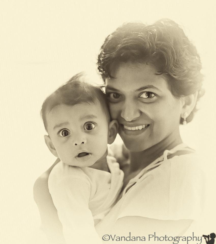 September 21, 2012 - Mother and ( startled !) son