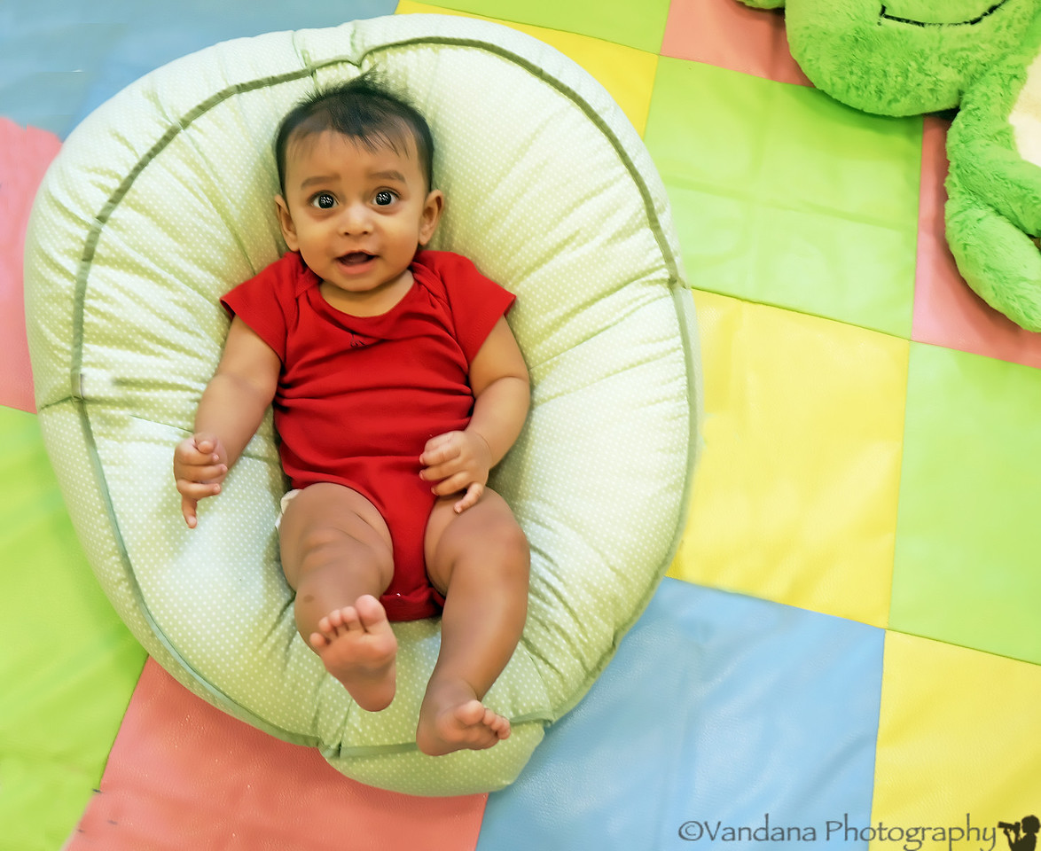 September 30, 2012 - Arjun at daycare, excited to see me ! ( pic from a weekday, he doesn't go to daycare on weekends !)