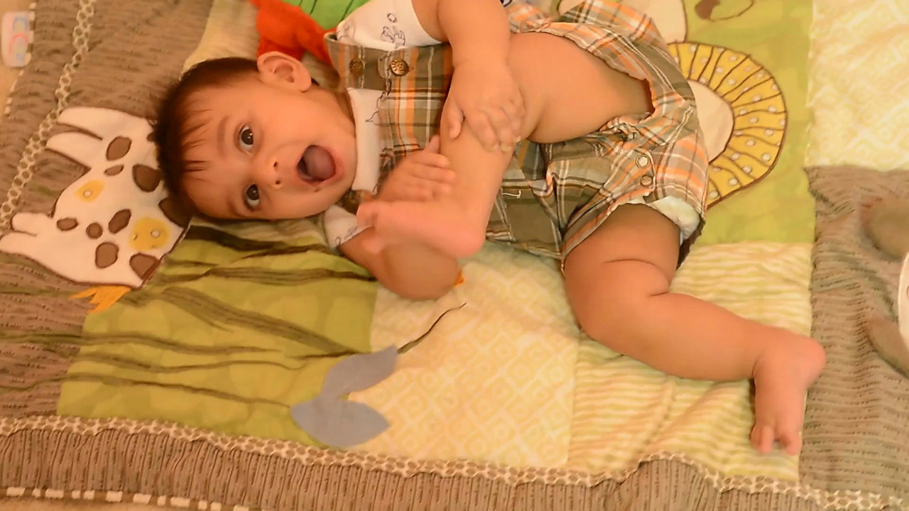 October 19, 2012 - Arjun says ' Mama' !