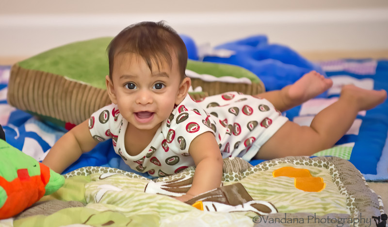 October 16, 2012 - Tummy time !
