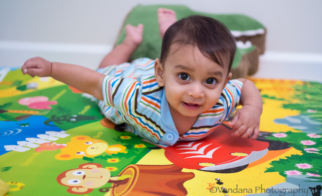 October 24, 2012 - 6month vaccines for Arjun - 4 shots :(