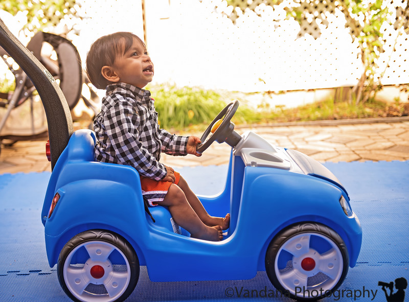 April 2, 2013 - Watch out, there is a new driver on the road !!