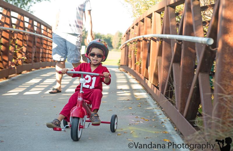 November 29, 2014 - Riding in the park !