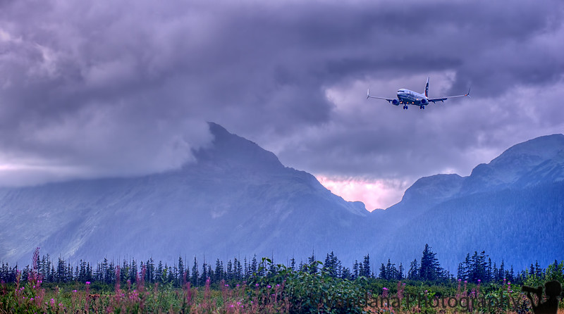 August 31, 2015 - Alaska airlines coming in