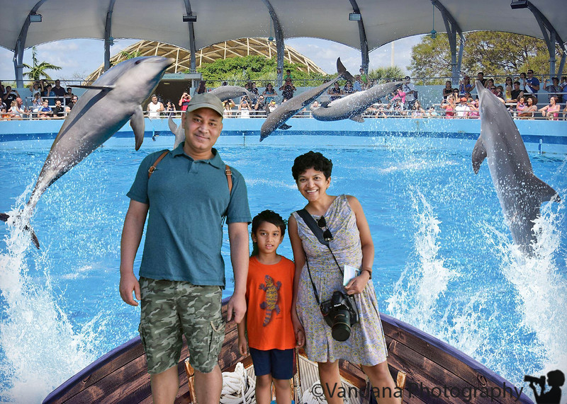 December 25, 2018 - Merry Christmas from our family to yours !<br /> At Miami Seaquarium