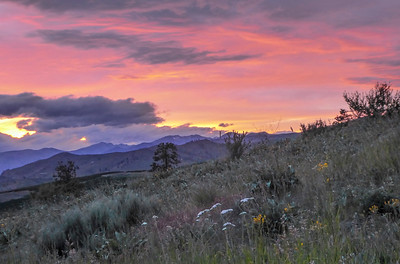 Sunset in Chelan, WA (after edit). This is more like people standing there saw it.