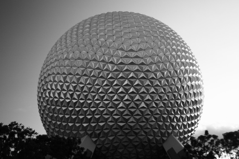 January 1, 2010: HAPPY NEW YEAR!  Just because I rung in the New Year at Epcot again, here's a photo of Spaceship Earth.  I hope everyone has a very happy, healthy, productive, and PROSPEROUS 2010!