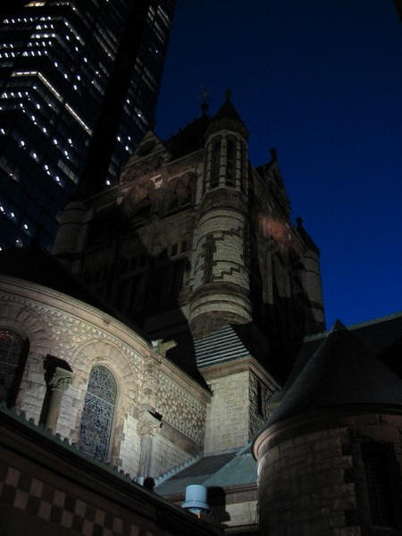 August 3, 2009:  This week I'm going to show some architectural photos.  I start off this week's theme with a photo of Copley Church in Boston.  I got this photo back in 2006 when I traveled there for a conference.  We stayed in Copley Plaza in the middle of February, and it was great!