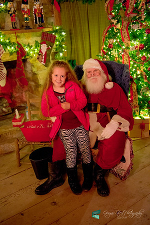 12-05-14 Santa and Miss Kinsleigh........2014