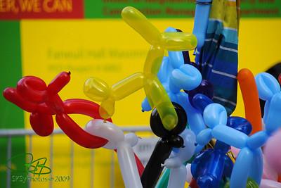 Fanueil Hall Market ballon animals. Boston Oct. 2009