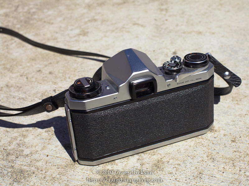 Pentax SV - rear view