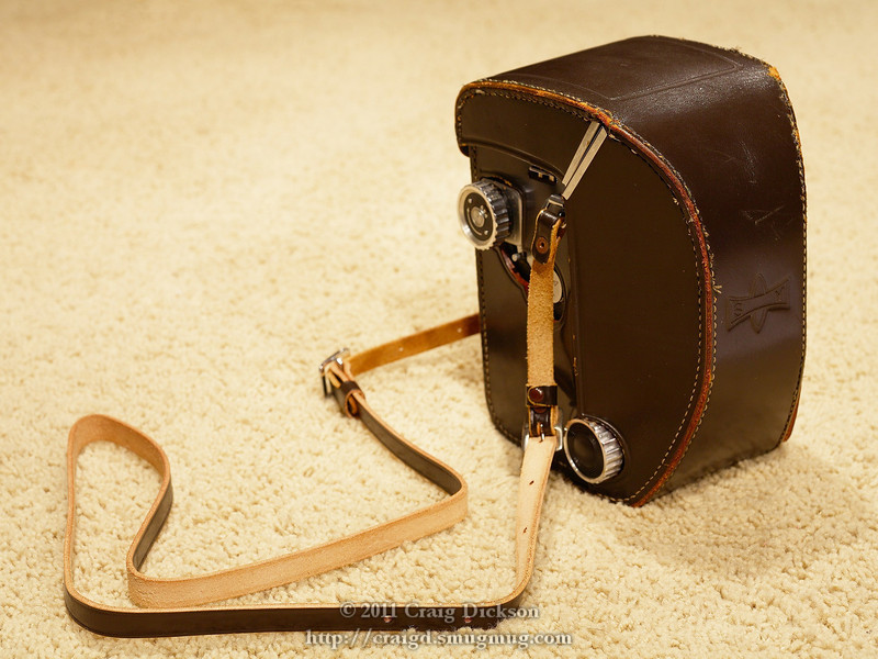 Mamiyaflex C2 (1958-1962) in its leather case