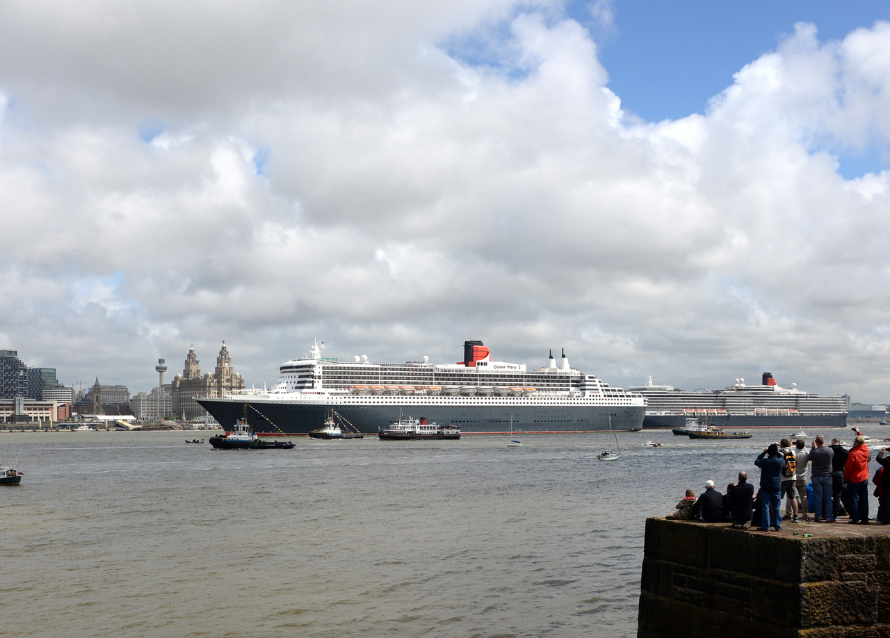 Queen Mary 2, Liverpool. 25/05/15.
