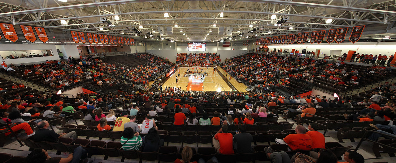 stroh center_game 1