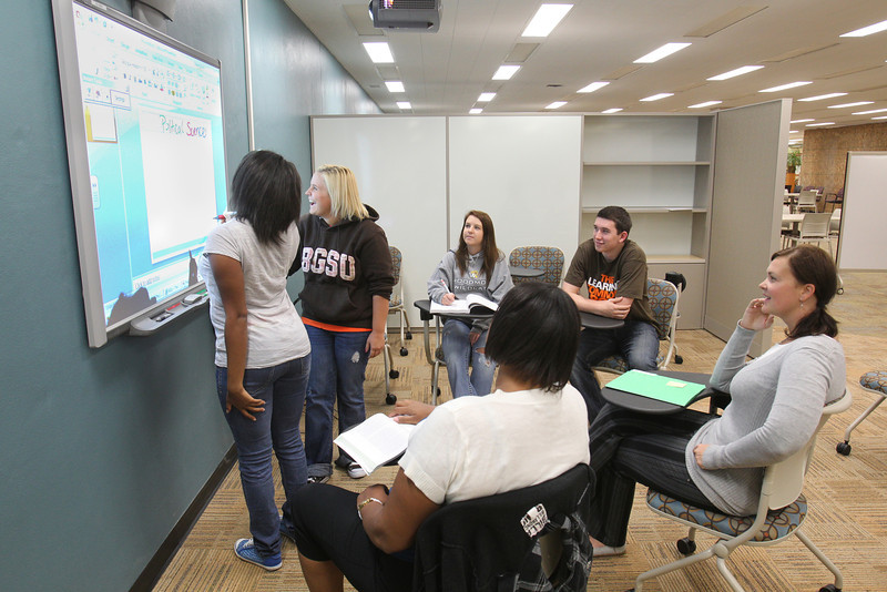 Learning_Commons_BGSU1823