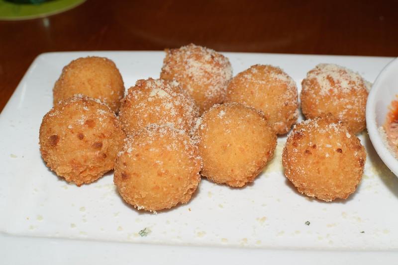 Crispy Risotto Bites @ Olive Garden
