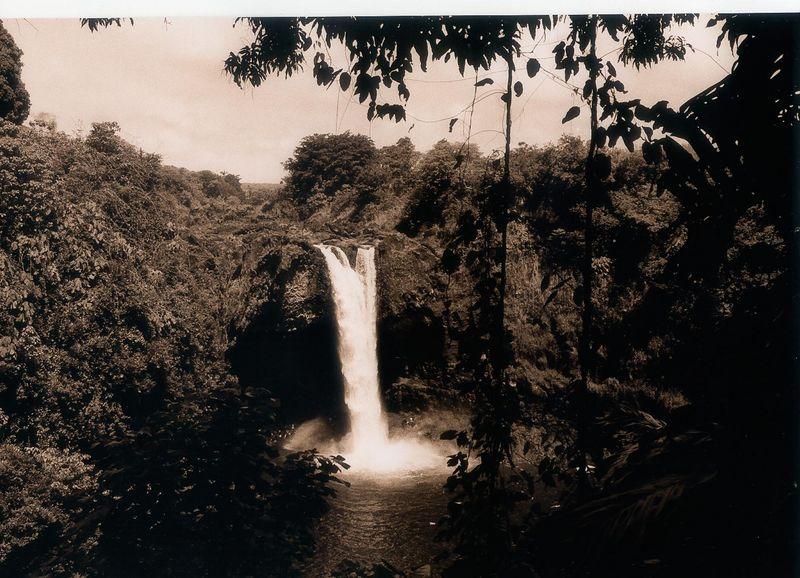 Waianuenue (Rainbow Falls), Hilo, Hawai'i
