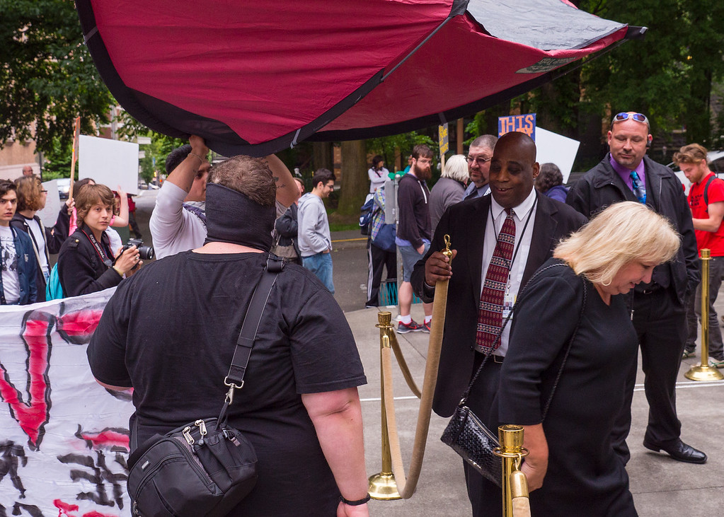 'Evict the Landlord Lobby' protest outside Multifamily NW Awards, Portland - May, 26, 2016