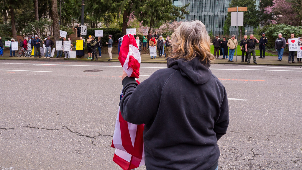 'Patriot Protest for LaVoy Finicum & Counter-Protest', Portland - March, 5, 2015