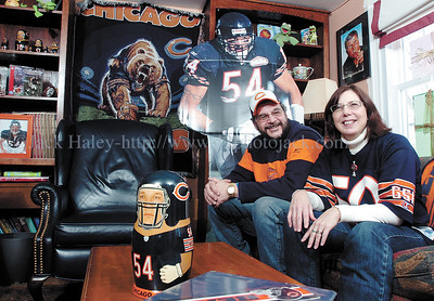 jhbearsfans2 - With the Bears in the Super Bowl it's time to display a ton of Bears memorablilia for Gary and Bette Collier of Phelps.