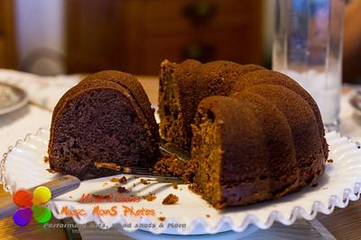 Sunday chocolate bundt cake with the family
