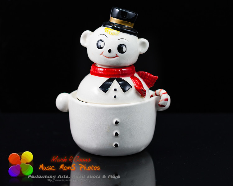 Snowman salt and pepper shakers and sugar bowl