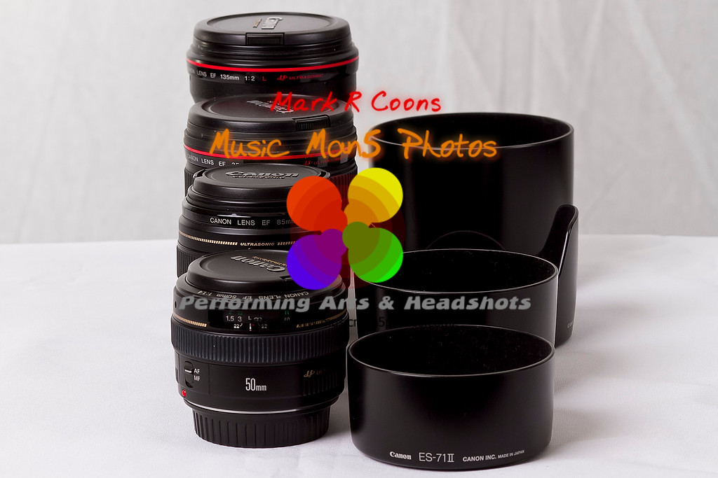 "lenses and hoods <br><center><a href=""javascript:addCartSingle(ImageID, ImageKey)""><img src=""http://www.musicman5photos.com/photos/584931612_TXRui-S.gif"" border=""0""></a></center>  ©Music Man5 Photos"