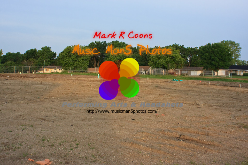 "construction at Collen Hoose. <br><center><a href=""javascript:addCartSingle(ImageID, ImageKey)""><img src=""http://www.musicman5photos.com/photos/584931612_TXRui-S.gif"" border=""0""></a></center>"