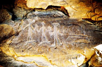Chaco Canyon, Petroglyphs  near Uha Vida Ruins