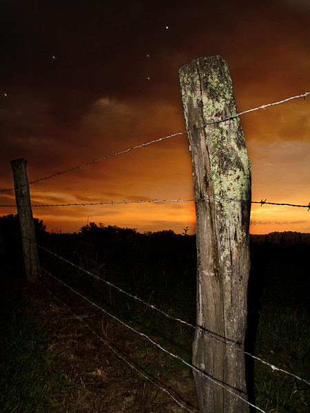 Tennessee Fencepost At Sunset