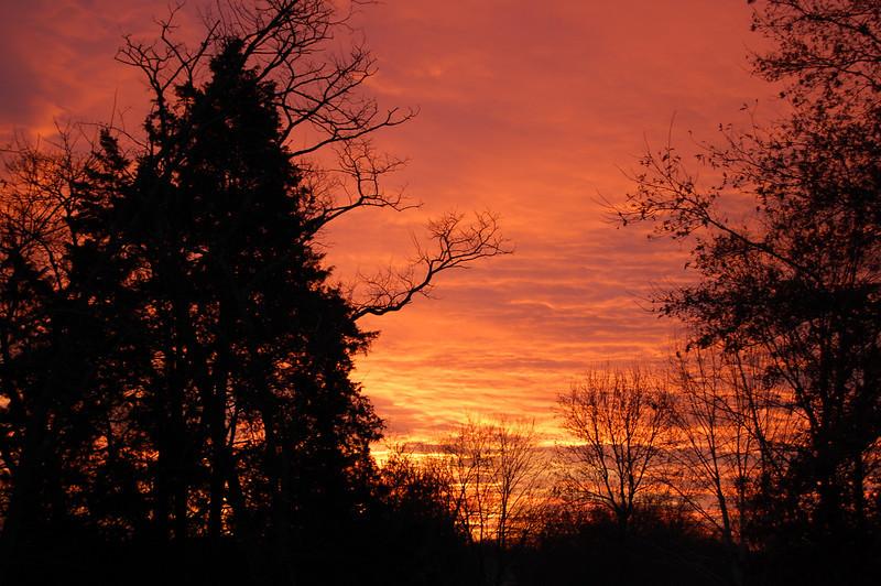 12/24/09: sunrise, Christmas eve morning