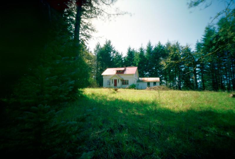 Abandon house near Yamhill, Oregon.