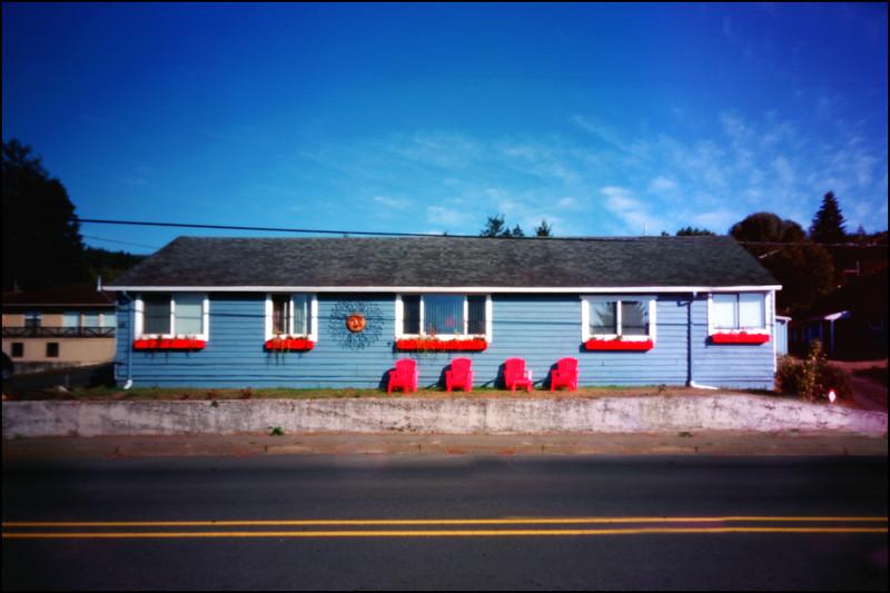 Apartment house Hyw 101, Garibaldi, Oregon.