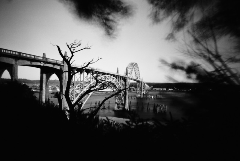 Yaquina Bay Bridge, Highway 101, Newport, Oregon.