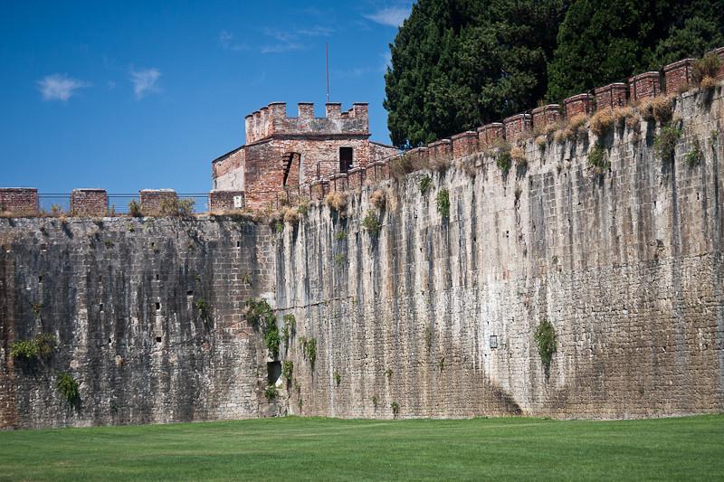Pisa City Walls
