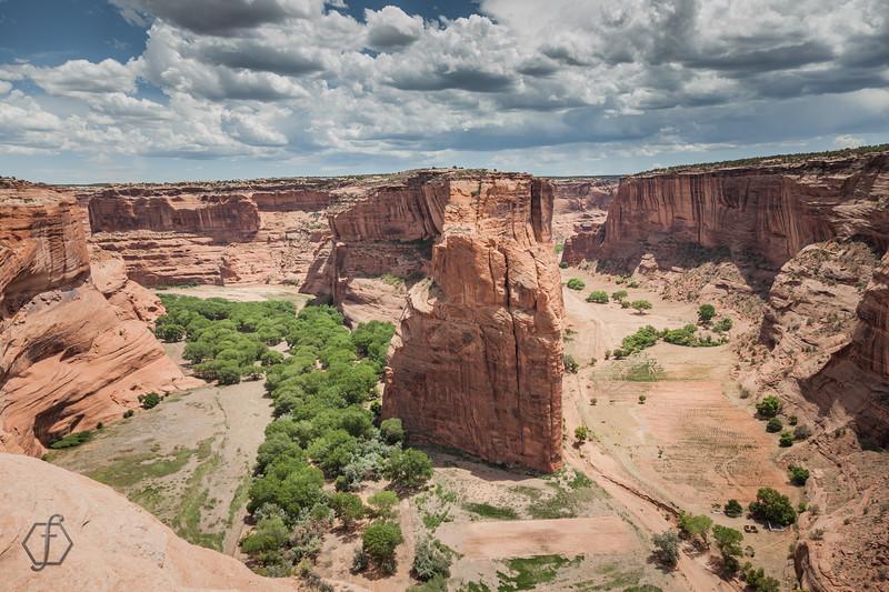 Canyon De Chelly - Navajo Fortress