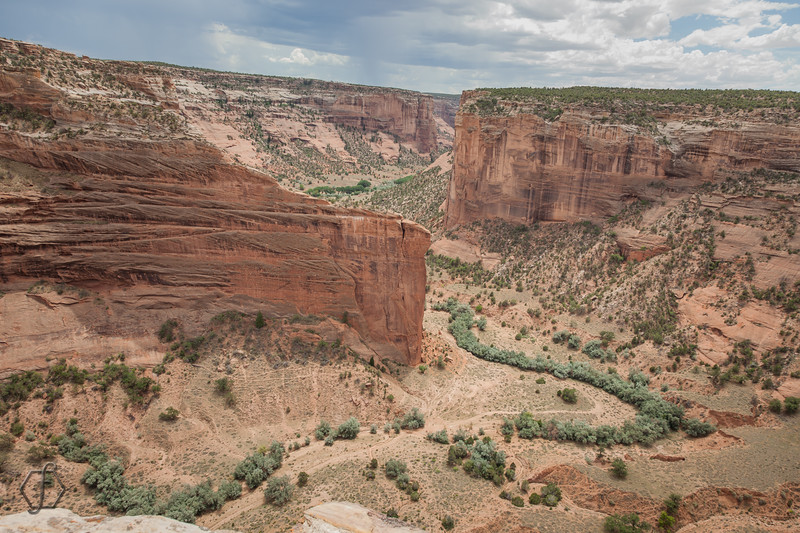 Canyon De Chelly - Mummy Cave Overlook