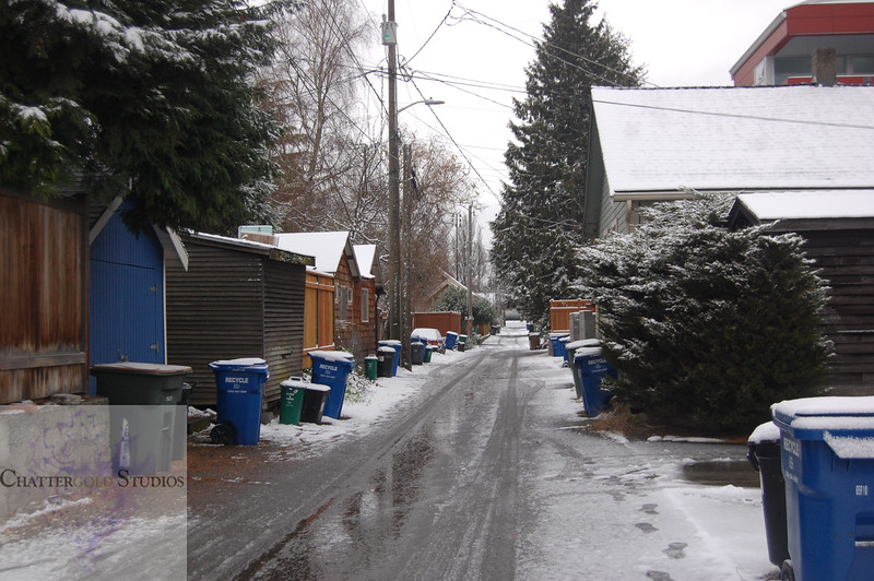 A walk through the Queen Anne neighborhood of Seattle on the first day of snow..and only day of snow.