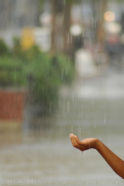 Rain hand