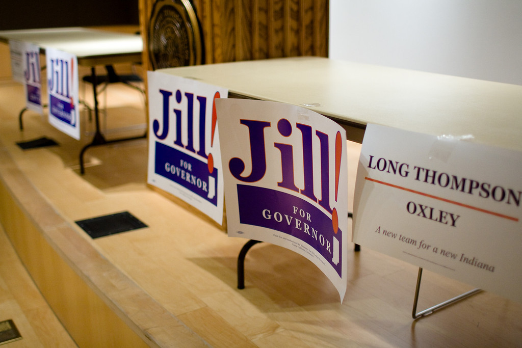 Jill Long Thompson, Indiana Democratic gubernatorial candidate, makes a campaign stop at DePauw University Oct. 28, 2008. Thompson and her running mate, Dennie Oxley, are touring the state in support of their campaign against incumbent Ind. governor, Republican Mitch Daniels. The DePauw/Alex Turco