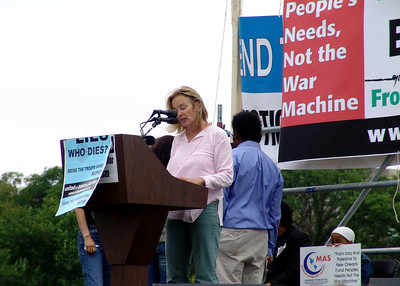 Jessica Lange, speaking at the March on Washington Peace Protest