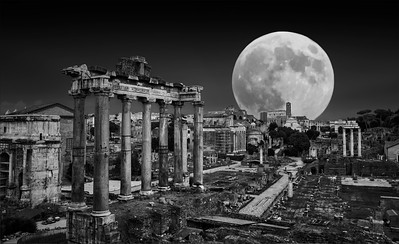 Super Moon rise over the Forum BW