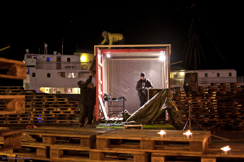 Dismantling the stage
