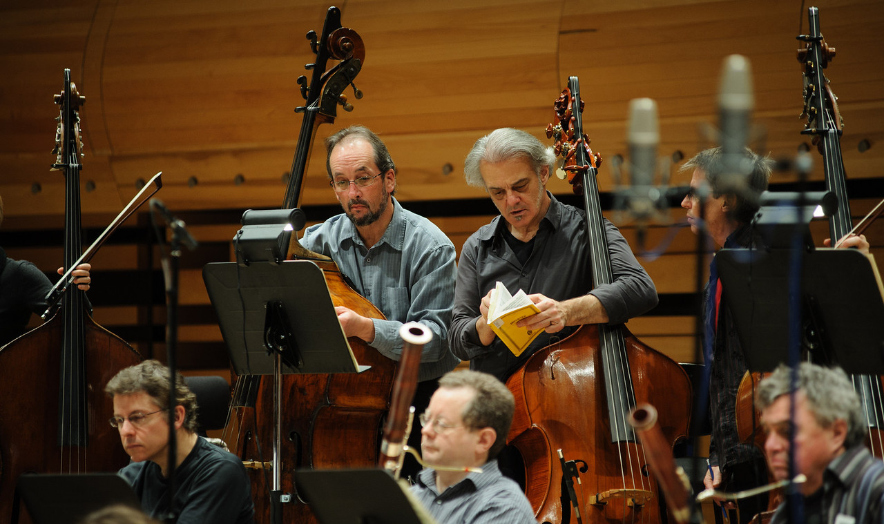 Section de contrebasses de l'Orchestre Métropolitain - Session Bruckner 6 à la Maison Symphonique de Montréal