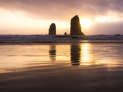 The Duet – Haystack Rock // Cannon Beach, Oregon