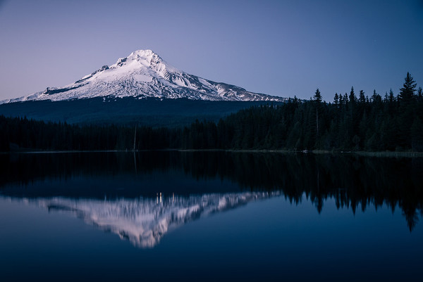 In Her True Colors – Trillium Lake // Oregon
