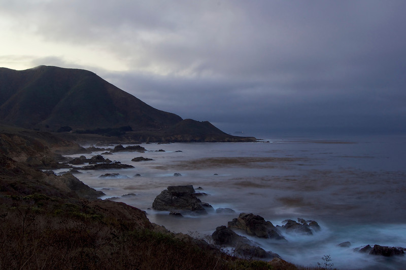 A cloudly early morning along the California central coast<br /> ref: 29c2a3e6-149d-489a-bfc6-dc874eaa7751