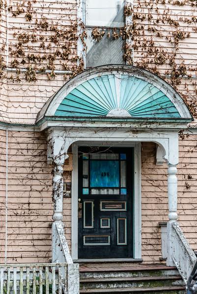 Door 498
