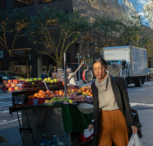 Manhattan Street Scene October